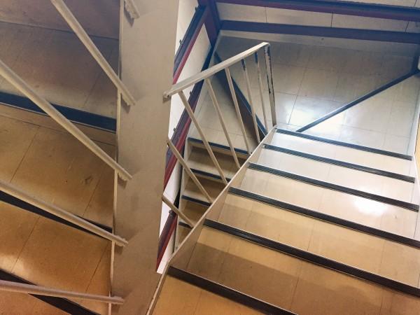 kokuchosha_stairs01